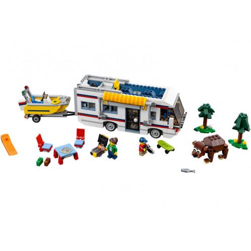 LEGO Creator, Destinatii de vacanta 31052