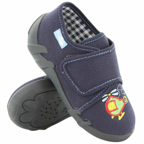 Papucei baietel, din material textil, bleumarin cu scai, cu motive brodat