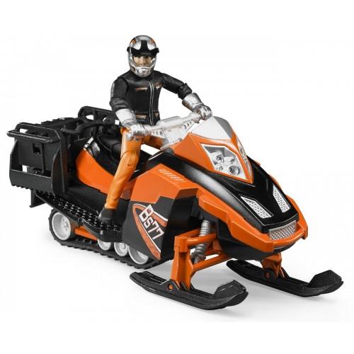 Snowmobil cu figurina barbat si accesorii, Bruder 63101