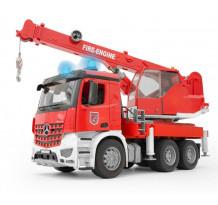 Camion de pompieri Mercedes Benz Arocs cu macara, Bruder