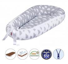 Cuib pentru bebelusi Scamp, Premium Baby Nest, cu saltea de cocos, 100% bumbac, antialergic, Clouds White Grey