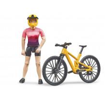 Figurina ciclista cu bicicleta de munte, Bruder 63111