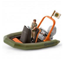 Figurina Schleich 42352, Barca gonflabila cu padurar
