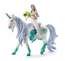 Figurina Schleich 42509, Sirena pe unicorn marin