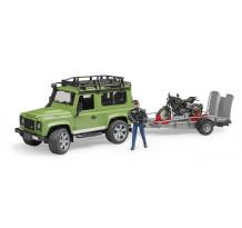 Land Rover Defender cu remorca si motocicleta Ducati cu figurina, Bruder