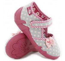 Papucei copii, fetite, din material textil, gri, cu stelute roz si fundita